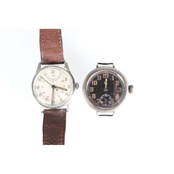 A VINTAGE LONGINES MILITARY TYPE STAINLESS STEEL WRISTWATCH Image